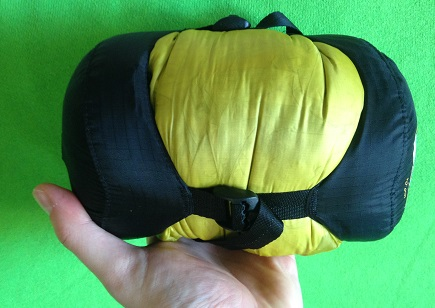 Look how small it compresses! & Sea to Summit Spark SPI Sleeping Bag Review | Whatu0027s In Your Pack